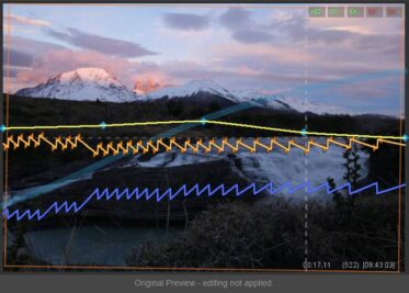 Original Preview: the blue curve shows the original luminance progression. Exposure adjustments (yellow) are now independent from Holy Grail leveling (orange).